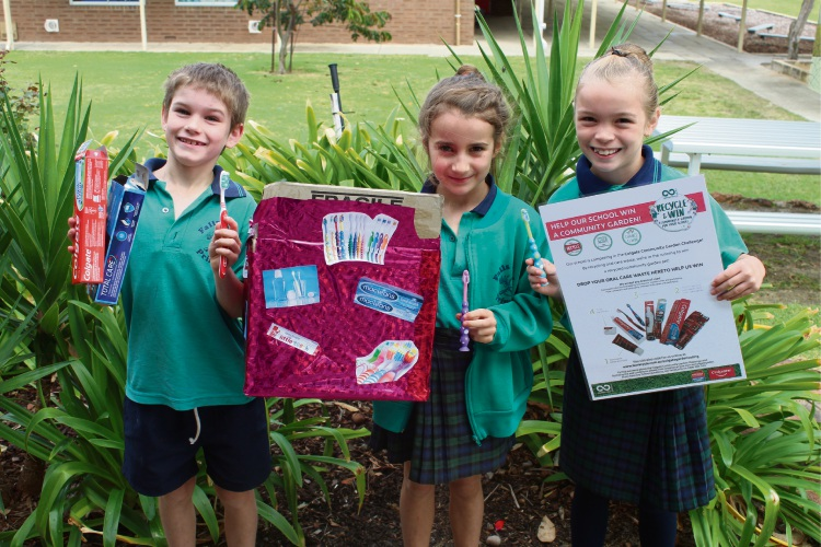 Students from Falls Road Primary School are collecting oral care waste.
