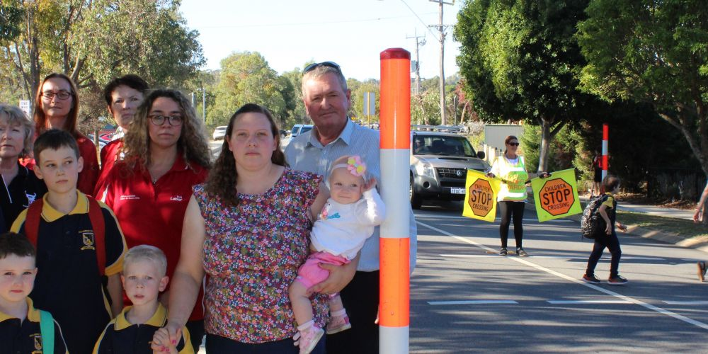 Jessica Shaw, Shane Love and protesting Bullsbrook residents.