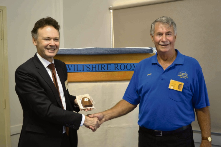 Thornlie MLA Chris Tallentire with Men's Shed vice president Geoff Wiltshire.