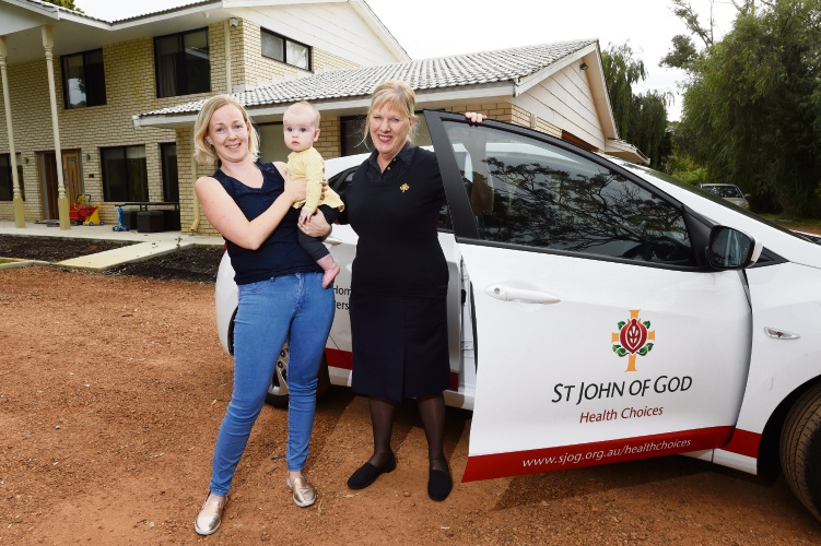 Midwife Kate McDougall and Christina McCann with Ayleea. Picture: Jon Hewson www.communitypix.com.au d483130d