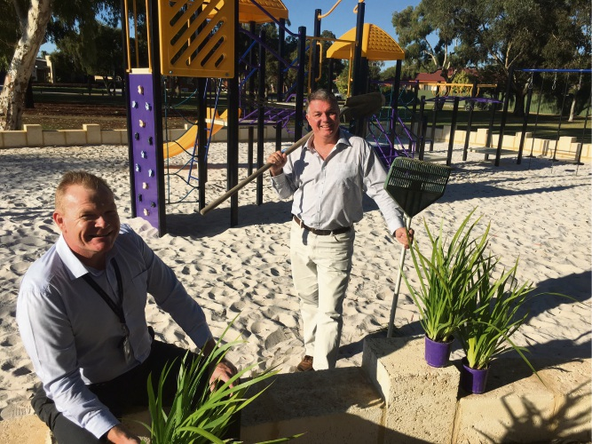 The City's Landscape Architect Peter Madeley with Mayor Glenn Dewhurst at the recently upgraded Appledore Street Reserve.