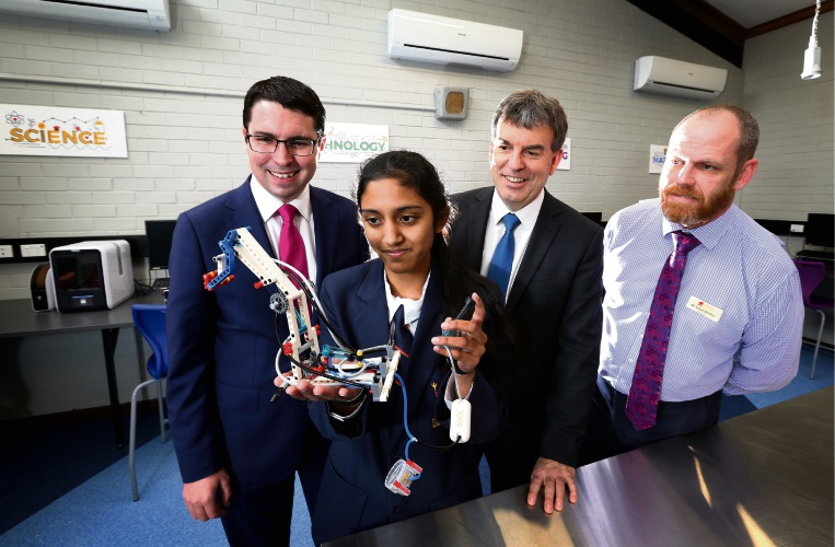 Gorman (Candidate for Perth), Hampton SHS student Geena Gill, Science Minister Dave Kelly MLA and Hampton SHS Principal Steve Beaton, seen here checking out some of the new equipment. Photo: David Baylis
