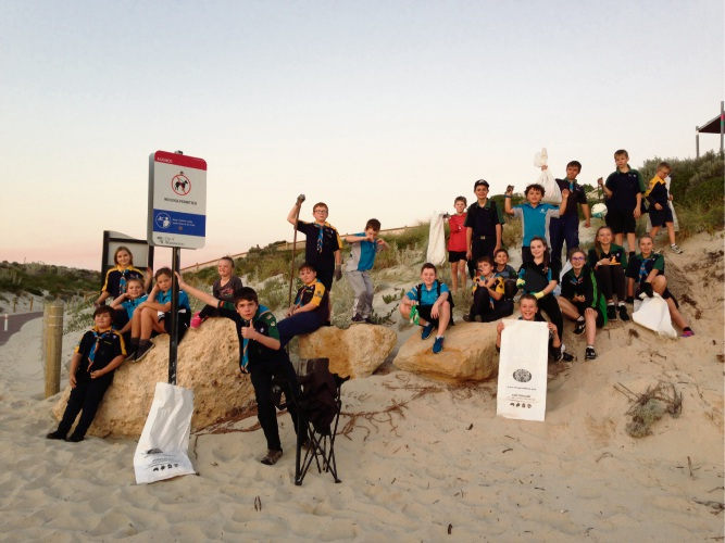 Alkimos Scouts recently held a beach clean up.