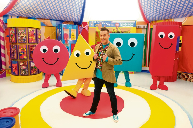 Phil Gallagher as Mister Maker with The Shapes.