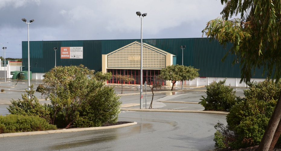 The former Bunnings site. Photo: Martin Kennealey