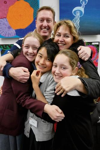 Sarah, Erik, Narelle and Chelsea Leenaars with Japanese student Chika Sakai.
