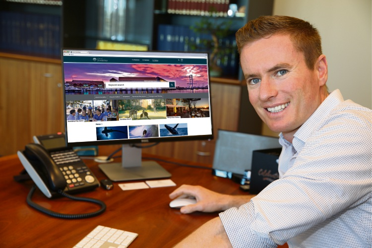 Joondalup Mayor Albert Jacob checks out the City's new website, which is expected to go live this week.