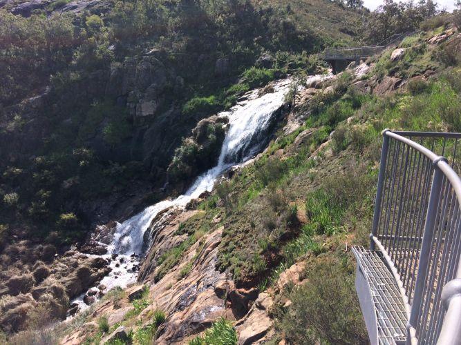 Girl (11) falls 3m at Lesmurdie Falls