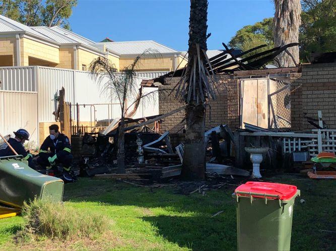Fire destroys Innaloo home, arson squad investigates