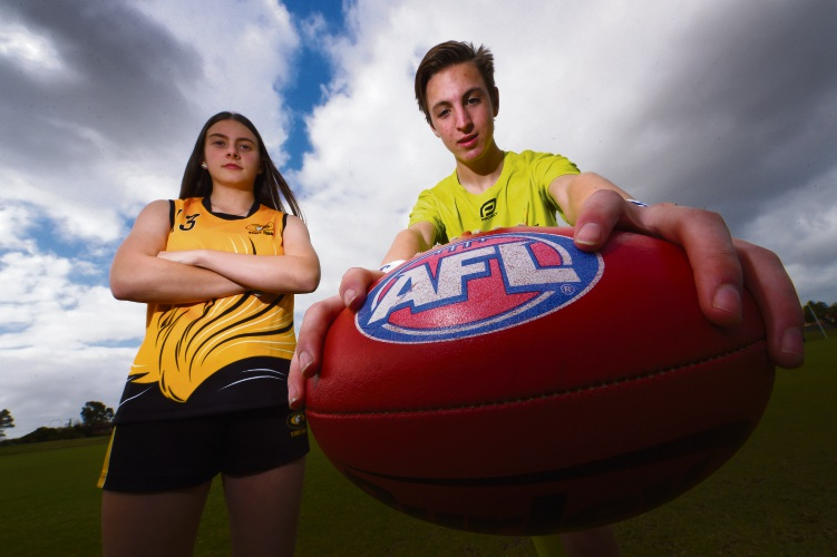 Darcy Clements (Waikiki) and Brodie Hayes (Singleton) have been picked to play for WA in School Sport Australia AFL 15s championship. Picture: Jon Hewson www.communitypix.com.au d484824