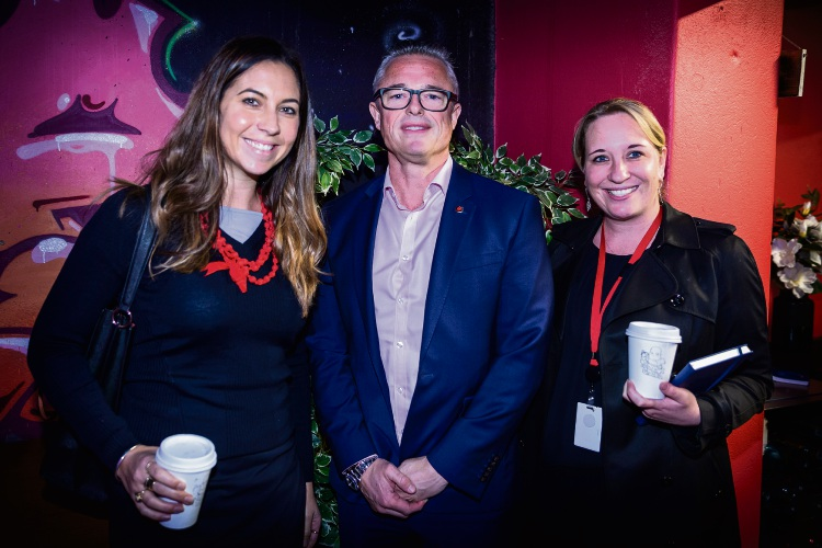 Nicole Riksman, GM Flight Centre (left), and Karen Thysse, WA and NT State Marketing Manager Flight Centre (right), with Community News chief executive Paul Eteen-Bliss, at the Charlie Gearside Koala presentation.