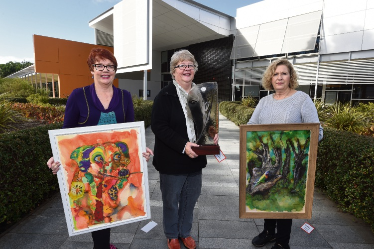 Canning Art Group Artist L to R - Trish Ray with