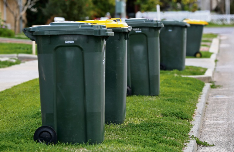 Kalamunda council considers lower rates for smaller bins