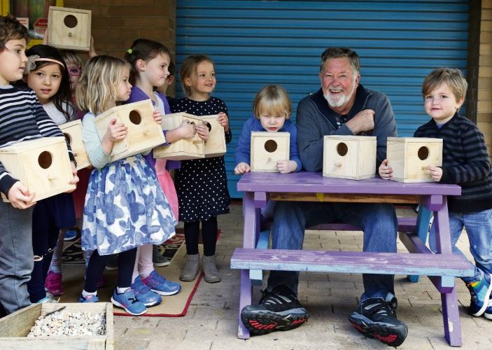Rob Chapman (Fremantle Men's Community Shed) with Hazel Orme Kindergarten students. Photo: Martin Kennealey