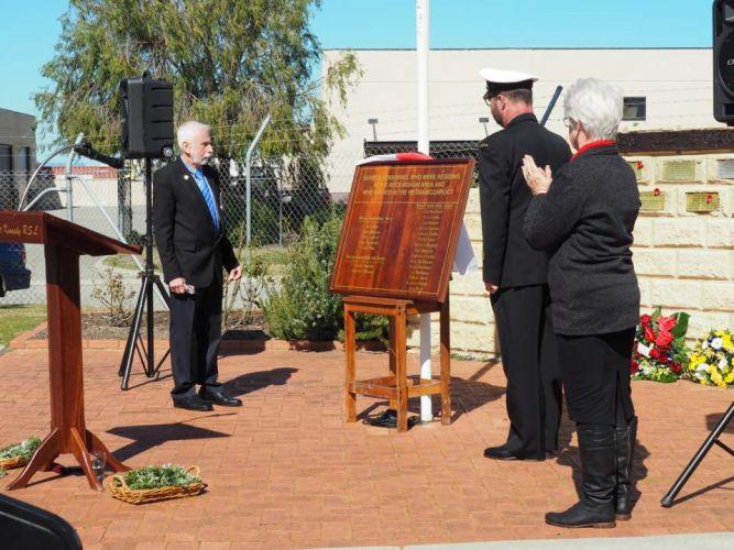 Vietnam Veteran Mal Hughes and Tom Costello, of the HMAS Ballarat, unveiled the plaque