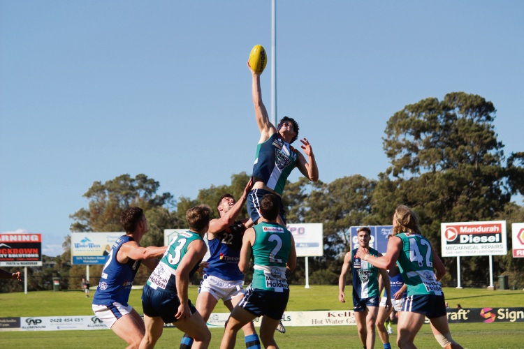 Peel Thunder's Lloyd Meek was airborne for this impressive mark. Photo by Vanessa Schmitt.