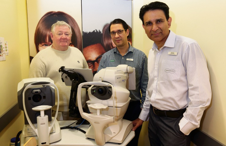 Wanneroo resident Alan Taylor with Pedro Dos Santos and Kamal Sagoo from Specsavers. Picture: Martin Kennealey d485597