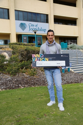 Chief execuitve and Founder of M3B Labs Elio Adragna receives a $20,000 Innovation Fund grant from the City of Joondalup.
