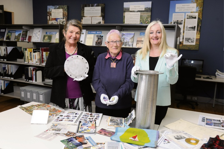 Two Rocks Yanchep Culture and Arts Network chairwoman Pam Annesley and vice-chairwoman Angie Beck with Wanneroo Mayor Tracey Roberts.