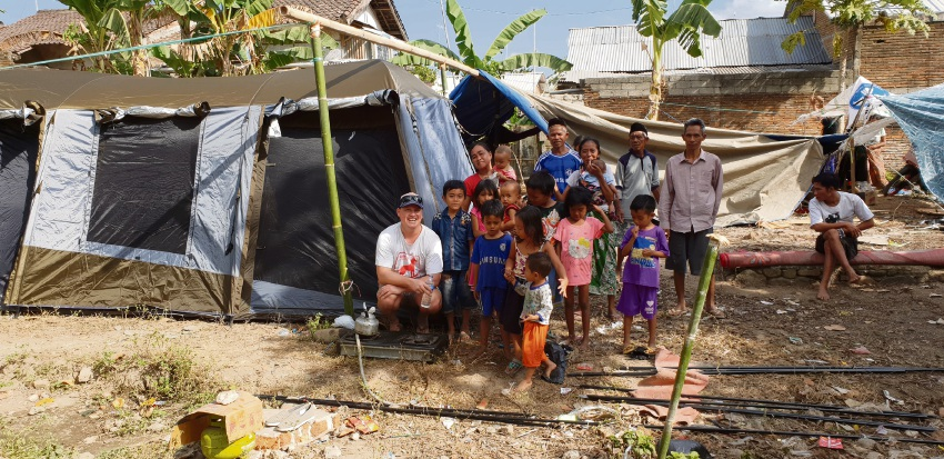 Paramedic Stewart Buchan helped people affected by earthquakes in Lombok.