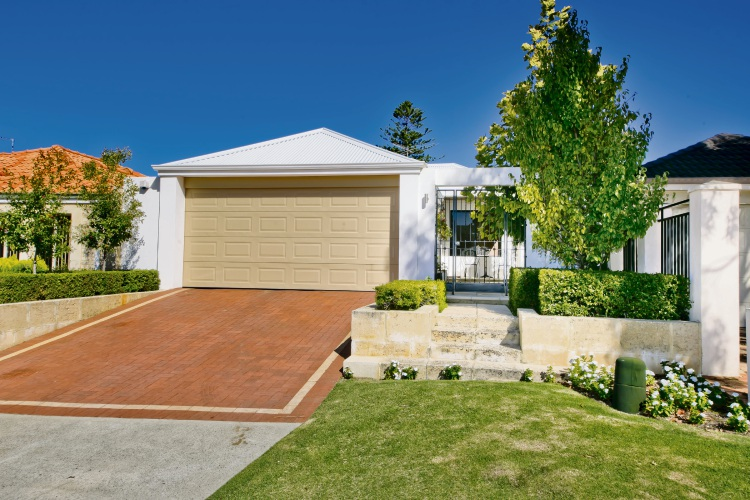 245A Weaponess Road, Wembley Downs – $979,000