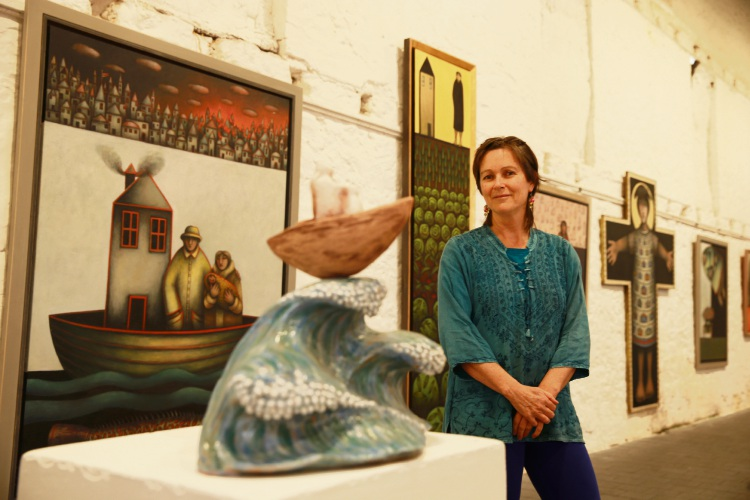 Robyn Varpins with her work