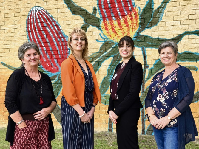 L-R Artist Leanne Bray, Bayswater councillor Michelle Sutherland, Hawaiian retail property manager Rita, Cr Stephanie Gray.