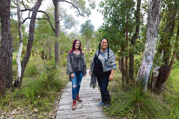 Tracy McFie & Larissa O'Neill. Photographer: Jon Hewson.