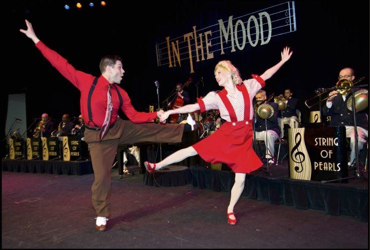 In the Mood brings the hits of the 40s and 50s back to the stage.