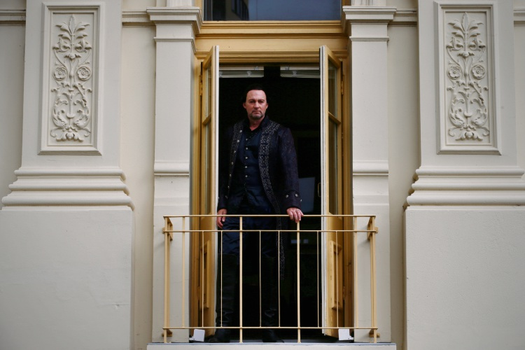New Zealand-born opera star, Teddy Tahu Rhodes, will reprise the role of Don Giovanni for West Australian Opera's 2018 Season. Picture: Andrew Ritchie www.communitypix.com.au   d487569