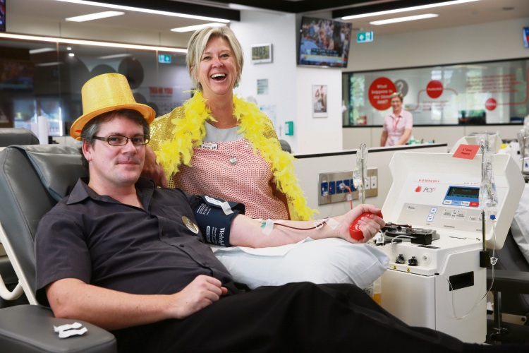 Kris Askew (Maylands) and EN Sandy Janssens. Perth Blood Donor Centre needs 850 people to donate plasma over the next month. Picture: Andrew Ritchie www.communitypix.com.au d487772