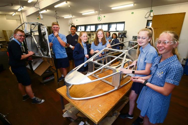 Comet Bay College students build cars for EV Challenge