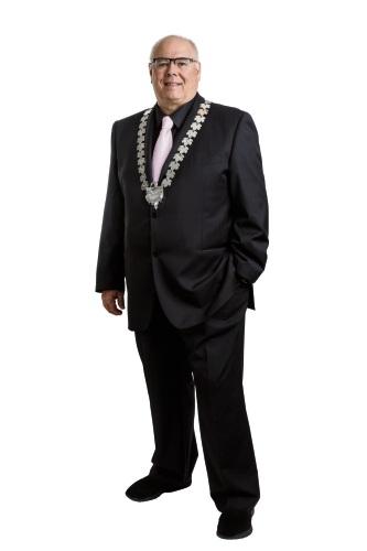 Swan Mayor David Lucas.