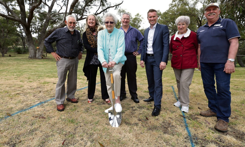 Joondalup councillor John Chester, Kingsley and Greenwood Residents Association president Sonia Makoare, Rita Cooper, Cr John Logan, Mayor Albert Jacob, Greenwood resident Mary Reading and Colin Heap from Kingsley-Woodvale Lions Club. Picture: Martin Kennealey d487549