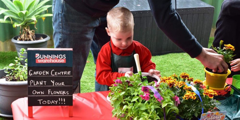 Carter Stingers had a Bunnings themed fourth birthday party.