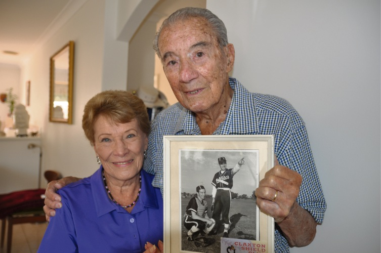 Ben Shom, seen here with wife Jeanie, is the latest inductee and member of the Baseball Australia Hall of Fame.
