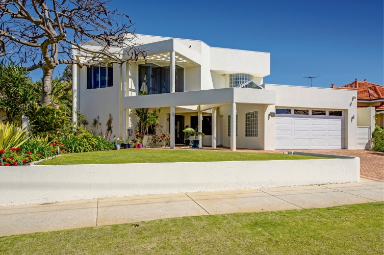 41 Newry Street, Floreat – Auction: November 10 at 1pm