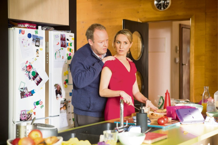 Peter Helliar and Lisa McCune in How To Stay Married.