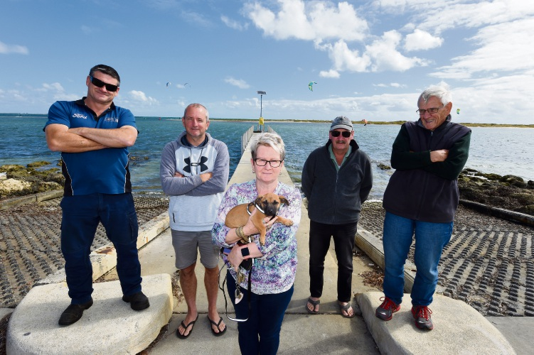 Residents claim Rockingham boat ramps are unusable