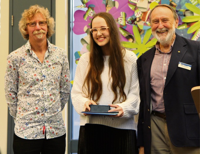 Overall winner Sonya Frossine, centre, with Roland Leach, left, and Nedlands Mayor Max Hipkins.
