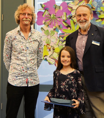 Years 3-4 category winner Tessa Scarparlo, centre, with Roland Leach, left, and Nedlands Mayor Max Hipkins.