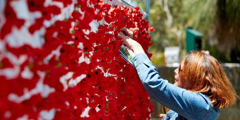 Remembrance Day: Thousand attend Armistice commemoration in Joondalup's Central Park
