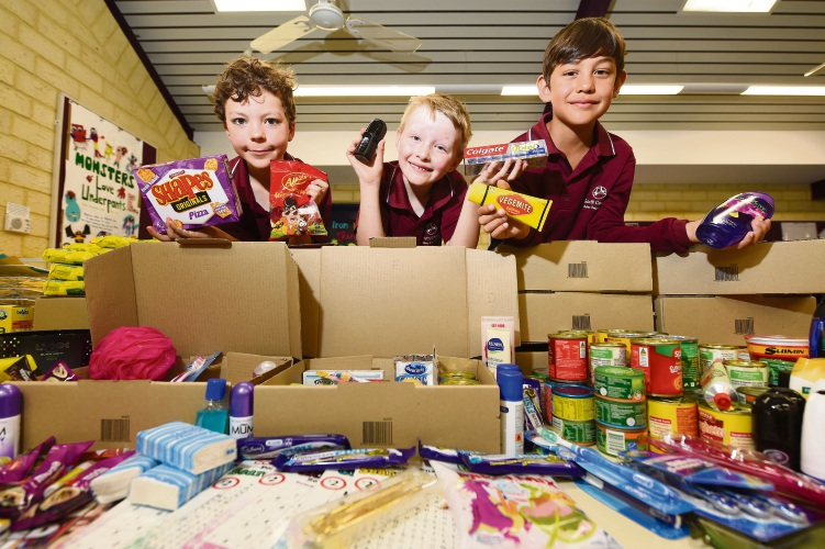 South Coogee PS students send support to troops for Christmas