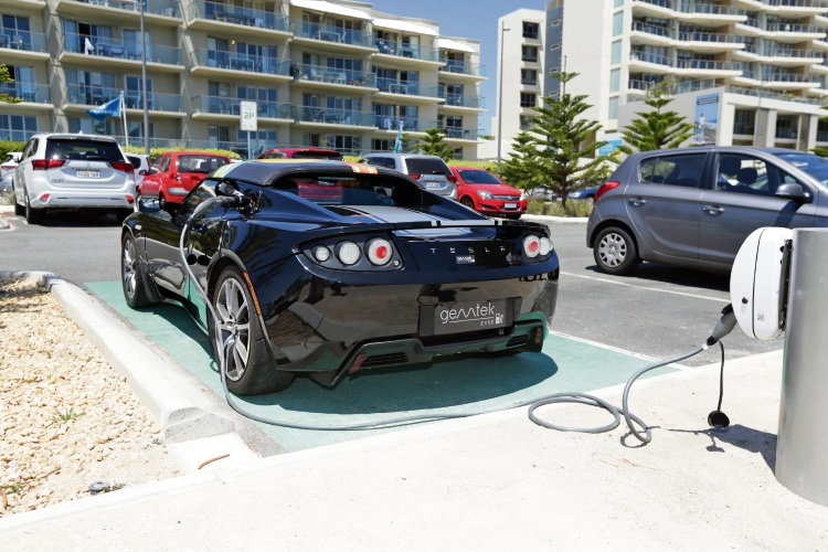 The ev charger at Scarborough Beach. Picture: Martin Kennealey.