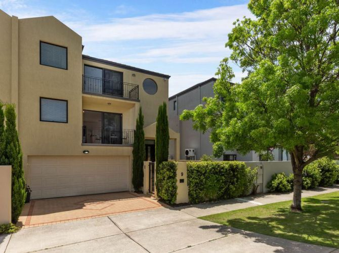 9 Hopetoun Street, South Perth – $1.05 million