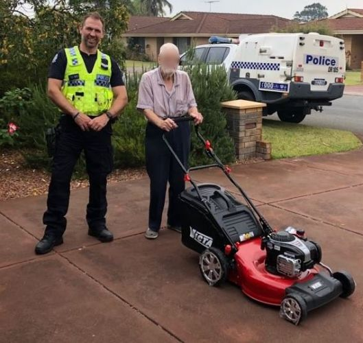 Senior Constable Warren Beadle from Rockingham response with the 95-year-old victim.