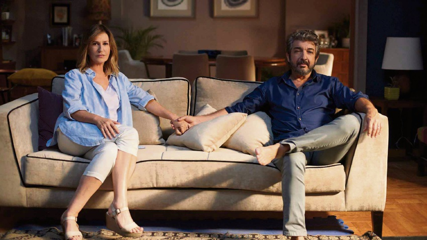 Mercedes Mor´an and Ricardo Dar´in as wife and husband Ana and Marcos.