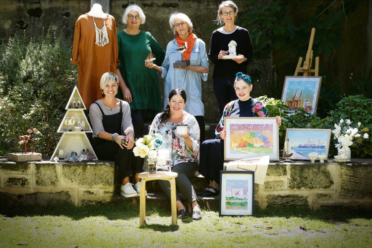 Bedtonic's Julie Ramsay, rear left, artist Susie Marwick and Yuniko Studio's Anthea Carboni. Kor by Lisa Gardner's Lisa Gardner, front left, Wildflower Luxury Candles' Fleur Barrett and Prints By Bow's Kathryn Heaney. Picture: Andrew Ritchie www.communitypix.com.au   d488757a