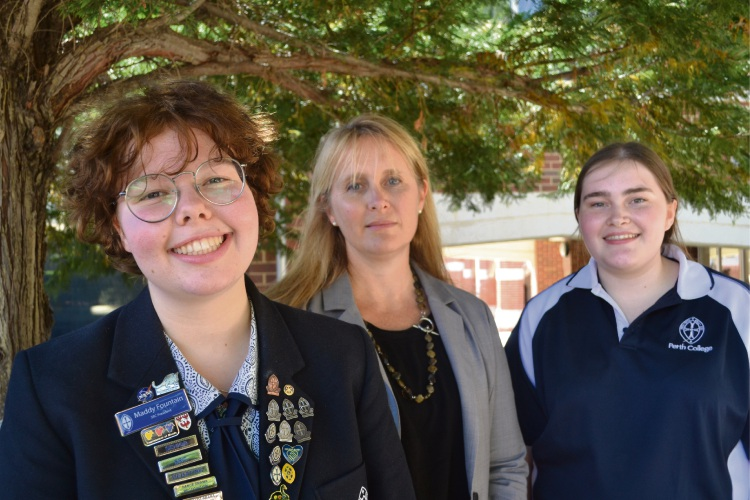 Dr Nin Kirkham (centre) was scholar in residence at Perth College. Students Maddy Fountain (left) and Amy Porter (right) wrote two of the winning proposals for Dr Kirkham's grant of funds to charity. Picture: Jessica Warriner.
