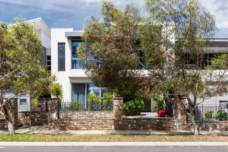 19 Alumni Terrace, Churchlands – Contact the agent